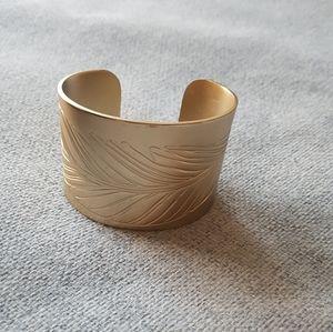🎉2 for 10🎉Metal wrist cuff